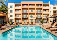 Courtyard by Marriott Phoenix Airport - Phoenix - Pool