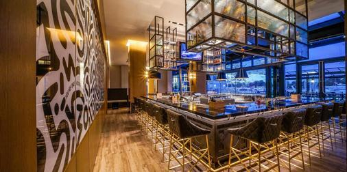 Intercontinental Hotels Washington D.C. - The Wharf - Washington - Baari