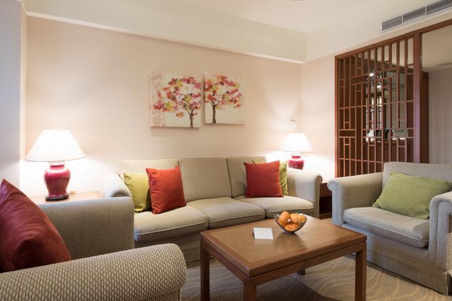 Hotel Riverview Taipei - Taipei - Living room