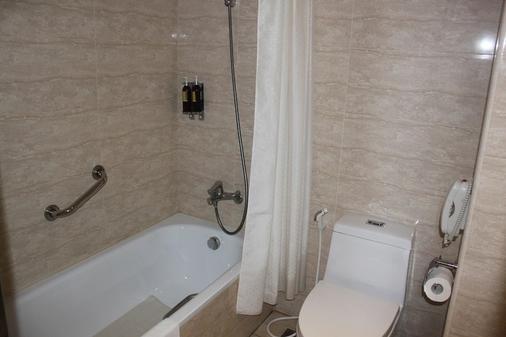 Maison de Chine Hotel Chiayi - Chiayi City - Phòng tắm