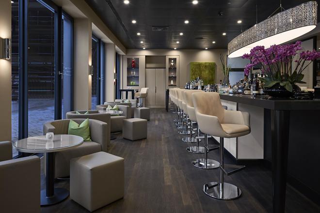 Légère Hotel Bielefeld - Μπίλεφελντ - Bar