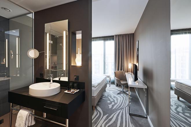Légère Hotel Bielefeld - Μπίλεφελντ - Μπάνιο
