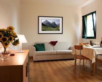 Residence Miravalle E Stellalpina - Valdobbiadene - Huiskamer