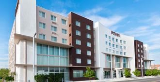 Staybridge Suites Miami International Airport - Miami - Building