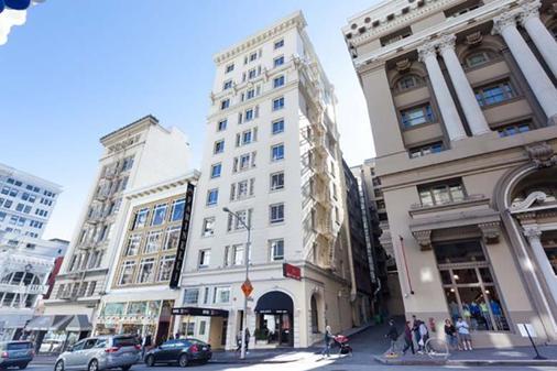 Hotel 32One - São Francisco - Edifício