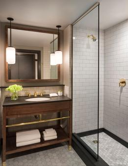 Kimpton Journeyman - Milwaukee - Bathroom