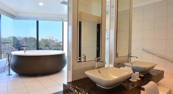 東京椿山莊大酒店 - 東京 - 浴室