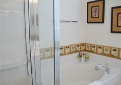 赤腳遊艇俱樂部及別墅度假酒店 - 北默特爾比奇 - 浴室