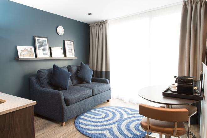 South Point Suites - London Bridge - London - Living room