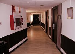 Emperatriz - Ocaña - Hallway