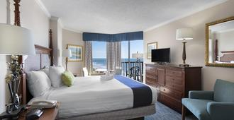 Sea Crest Oceanfront Resort - Myrtle Beach - Bedroom