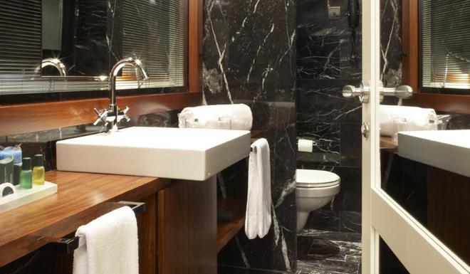 U232 Hotel - Βαρκελώνη - Μπάνιο