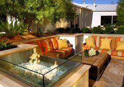 Luxury Suites International at Vdara - Las Vegas - Patio