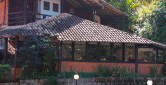 Pousada Valle Dos Passaros - Penedo - Building