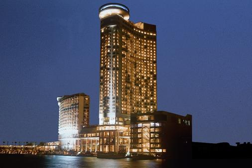 Grand Nile Tower - Cairo - Building