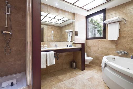 Acta Atrium Palace - Barcelona - Phòng tắm