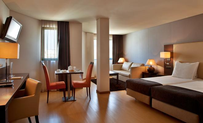 Turim Iberia Hotel - Lisbona - Camera da letto
