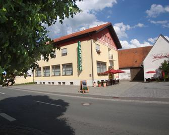Gasthof Hotel Herderich - Schlüsselfeld - Gebouw