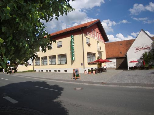 Gasthof Hotel Herderich - Schluesselfeld - Building