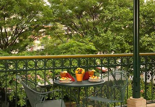 Residence Inn by Marriott Bethesda Downtown - Bethesda - Balcony
