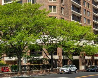 Residence Inn by Marriott Bethesda Downtown - Bethesda - Außenansicht