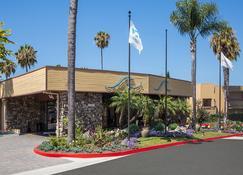 San Clemente Inn - San Clemente - Building