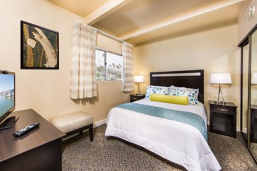 San Clemente Inn - San Clemente - Bedroom