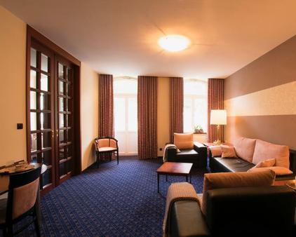 Vintagehotel Twenty-Eight - Bad Bertrich - Living room