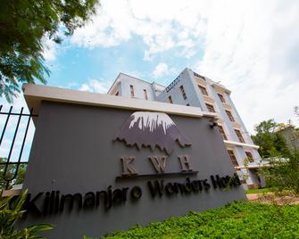 Kilimanjaro Wonders Hotel - Moshi - Gebäude