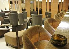 Grand Swiss Sukhumvit 11 by Compass Hospitality - Bangkok - Hành lang