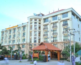 Ayarwaddy River View Hotel - Mandalay - Κτίριο