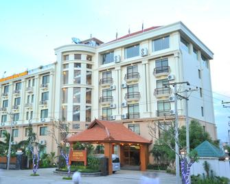 Ayarwaddy River View Hotel - Mandalay