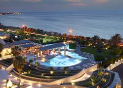 Rhodes Bay Hotel & Spa - Ialysos - Venkovní prostory