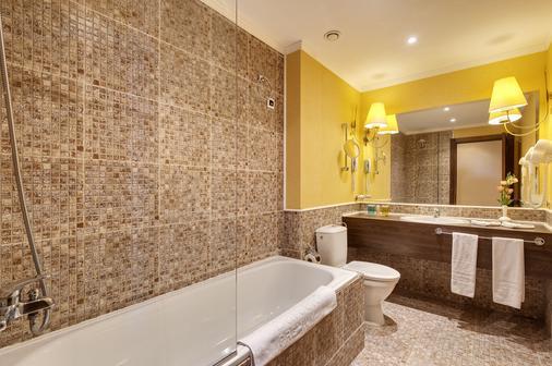 巴塞羅皇家海灘酒店 - 陽光海灘 - 陽光海岸 - 浴室