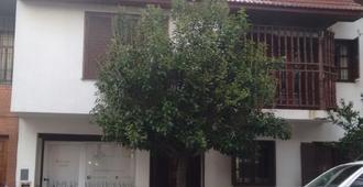 Hostel La Perla - Mar del Plata - Edificio