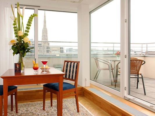 Ambassador Hotel - Вена - Балкон