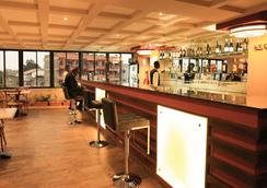 Lotos Inn & Suites, Nairobi - Nairobi - Bar