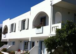 Emilia Apartments - Πλακιάς - Κτίριο
