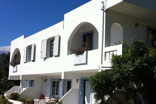 Emilia Apartments - Plakias - Gebäude
