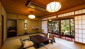 Arashiyama Benkei - Ky-ô-tô - Phòng ăn