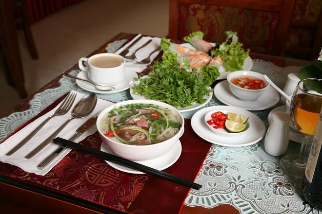 Aquarius Grand Hotel - Hà Nội - Thức ăn