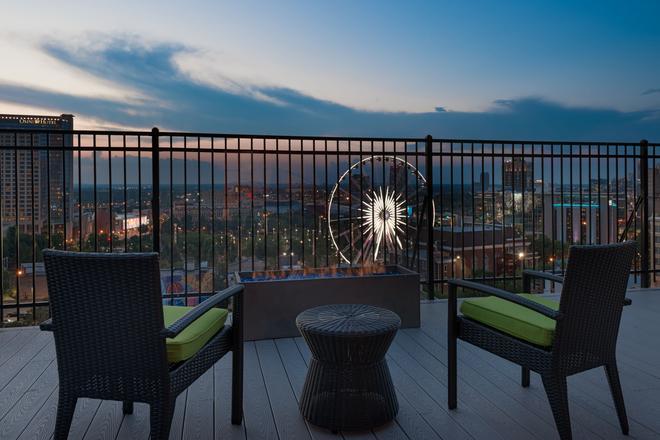 Home2 Suites by Hilton Atlanta Downtown - Atlanta - Balcony