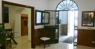 Hostal Sanvi - Jerez de la Frontera