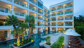 Chanalai Romantica Resort Kata Beach - Adult Only - Karon - Building