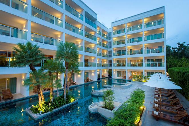 卡塔海灘查納萊浪漫渡假村 - 卡隆 - 卡倫海灘 - 建築