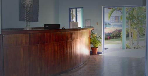 Toby's Resort - Montego Bay - Front desk