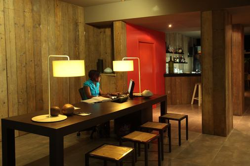 Bwa Chik Hotel & Golf - Saint-François - Bar