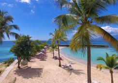 La Creole Beach Hotel & Spa - Le Gosier - Beach