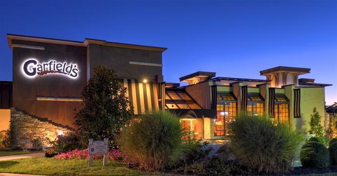 Eden Resort & Suites - Lancaster - Κτίριο