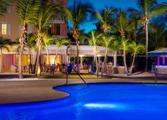 Blue Haven Resort & Marina - Providenciales - Gebäude